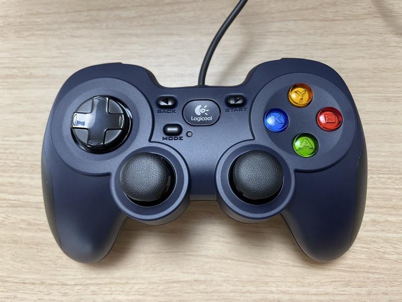 USBコントローラ F310r